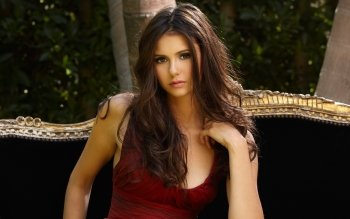 Celebrity - Nina Dobrev Wallpapers and Backgrounds ID : 533809