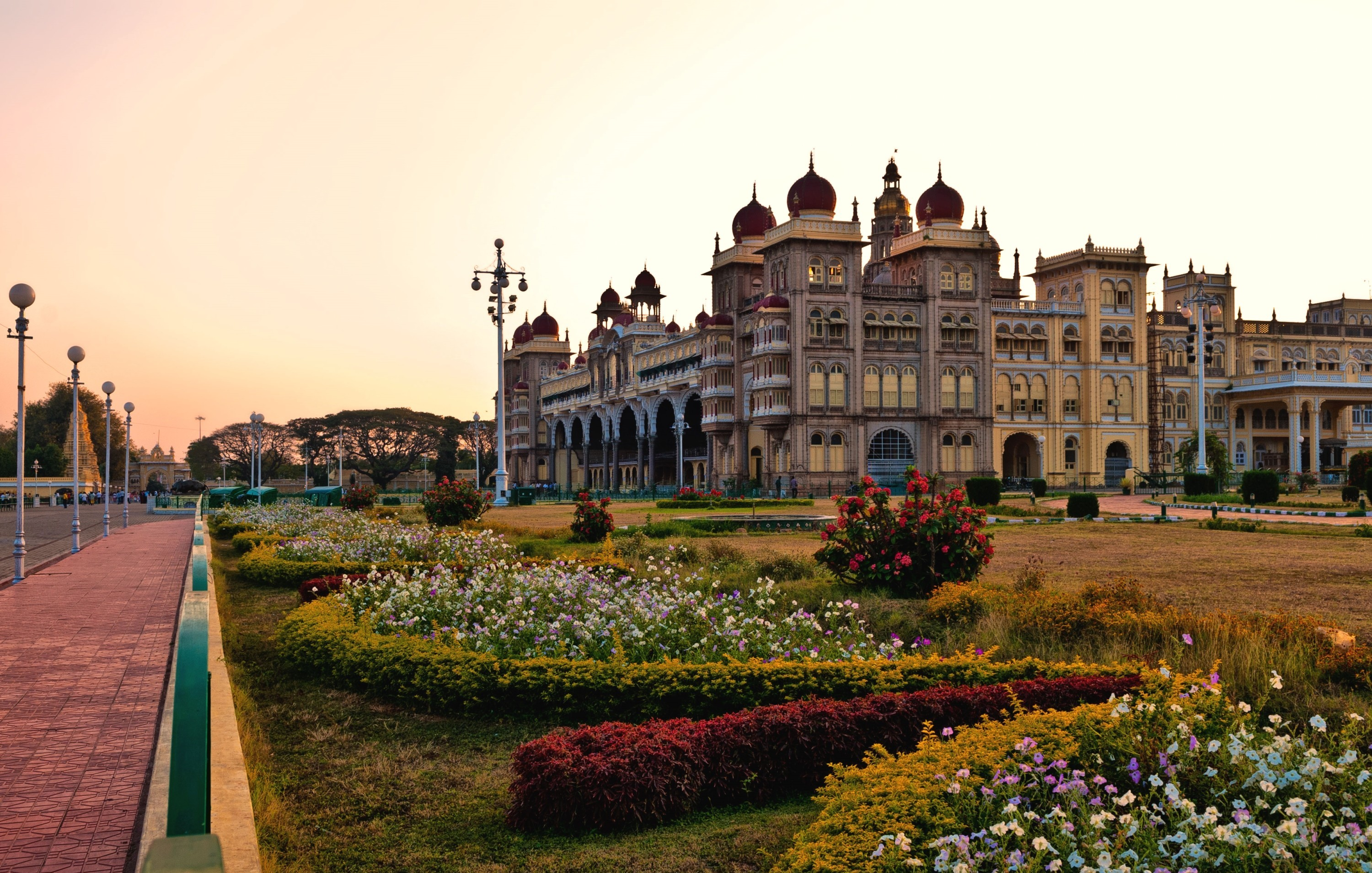 6 Mysore Palace HD Wallpapers