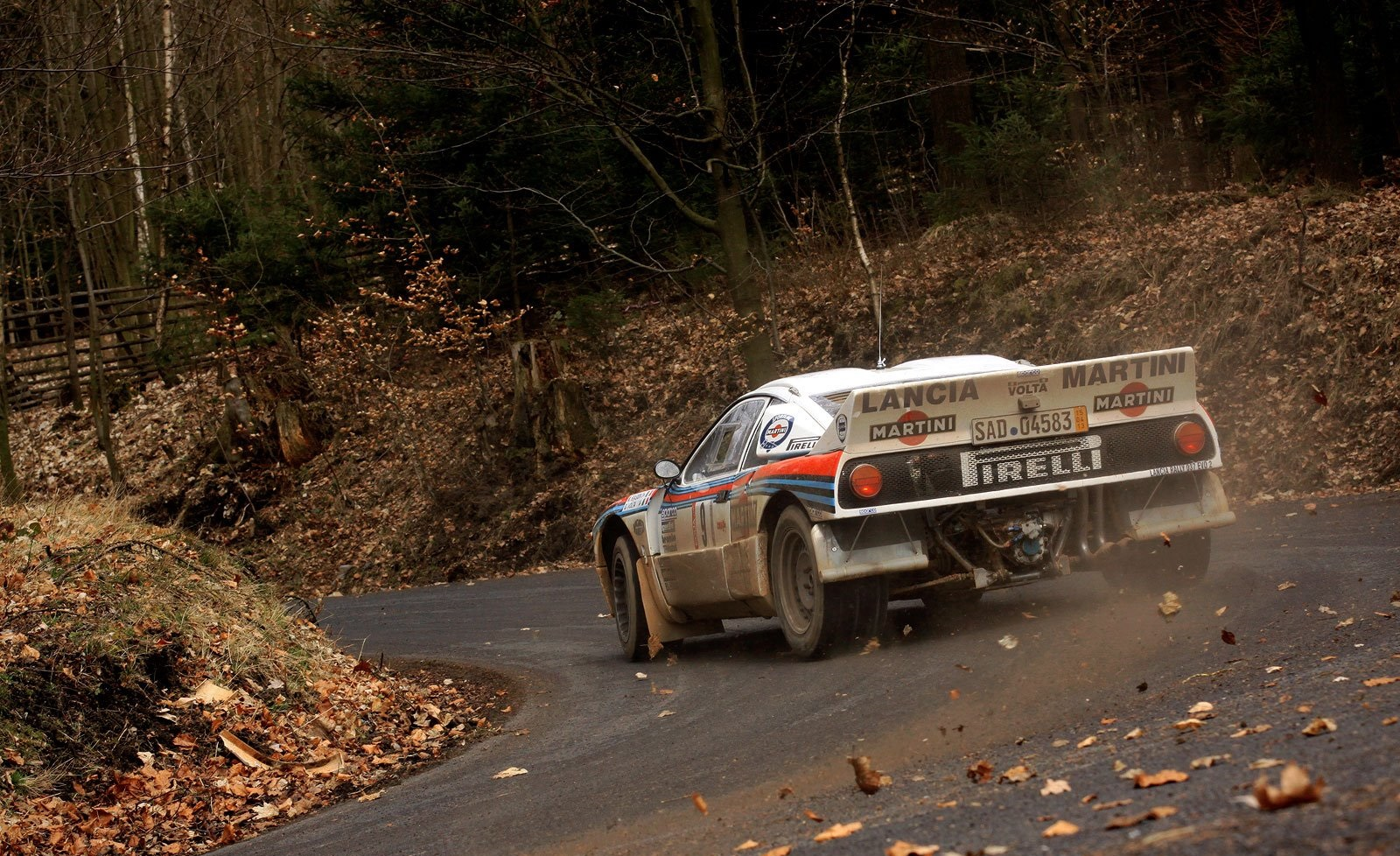 lancia 037 wallpaper and background image 1600x978 id