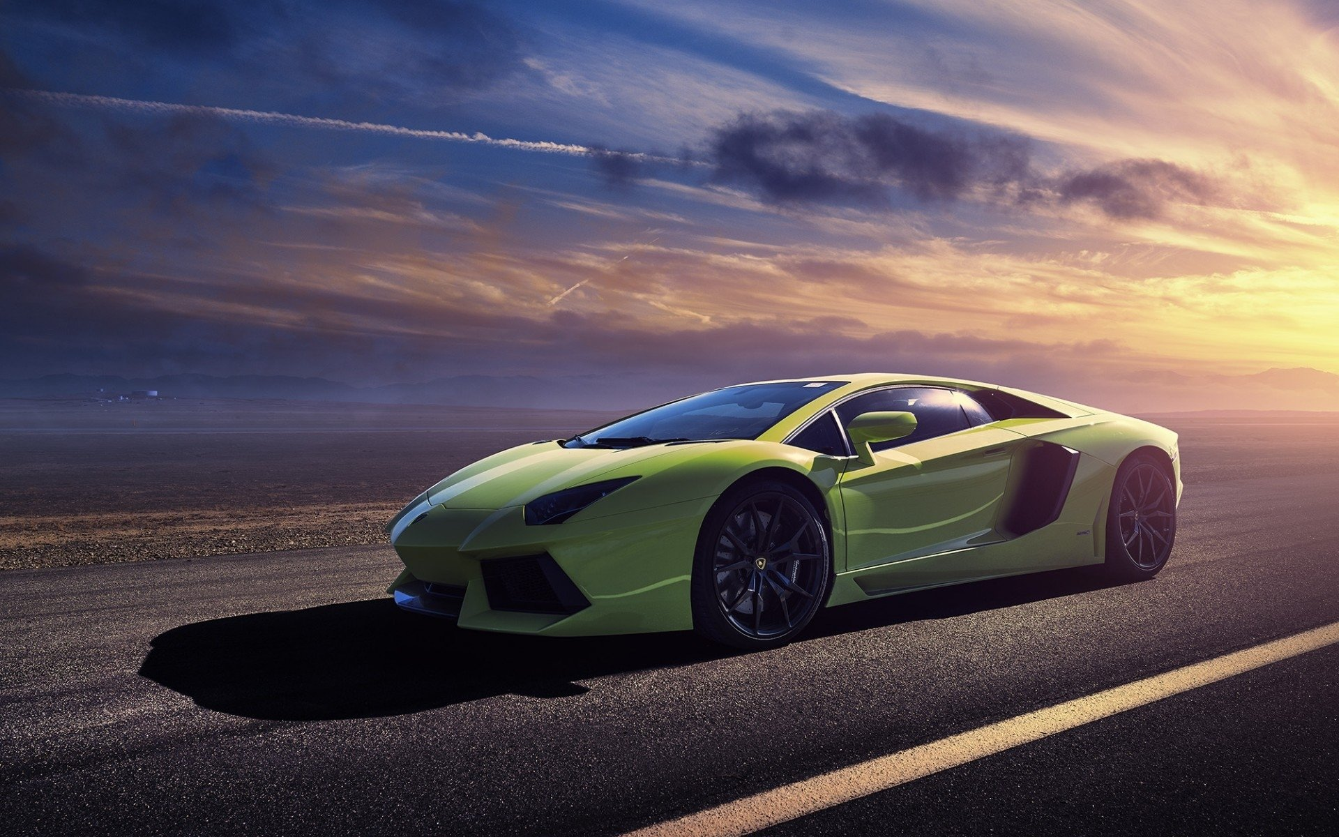 Vehicles - Lamborghini Aventador LP 700-4  Vehicle Car Green Car Supercar Lamborghini Lamborghini Aventador Lamborghini Aventador LP700-4 Wallpaper