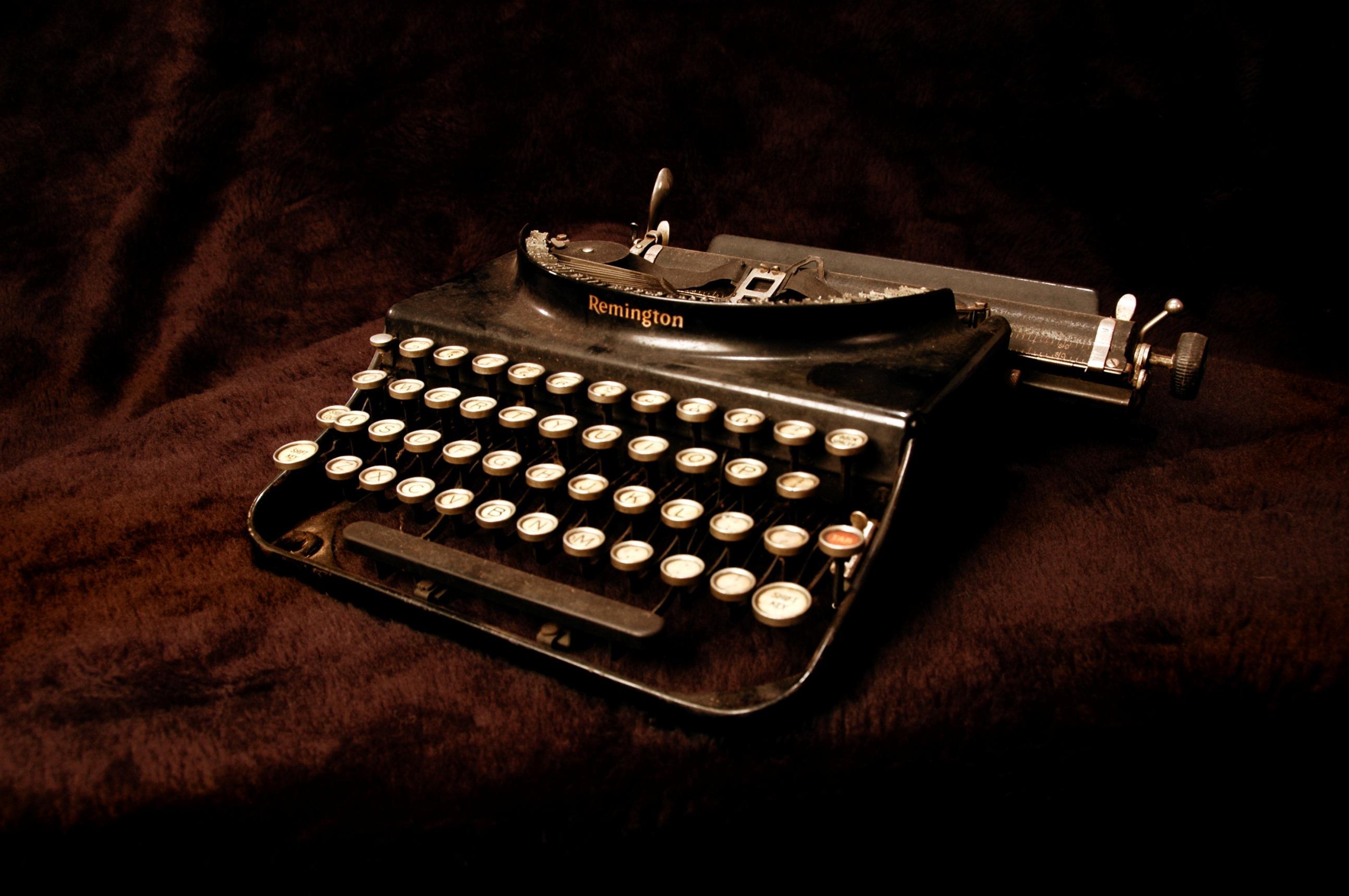 Old typewriter wallpaper