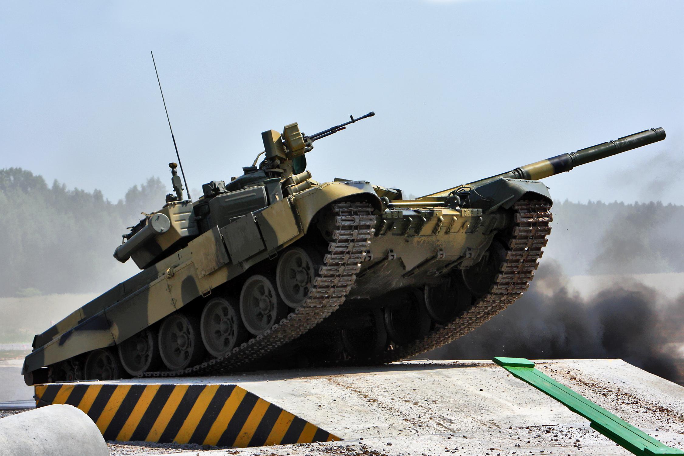 Custom Silk Photo Wallpaper Hd Military Tank Wall: T-72 HD Wallpaper