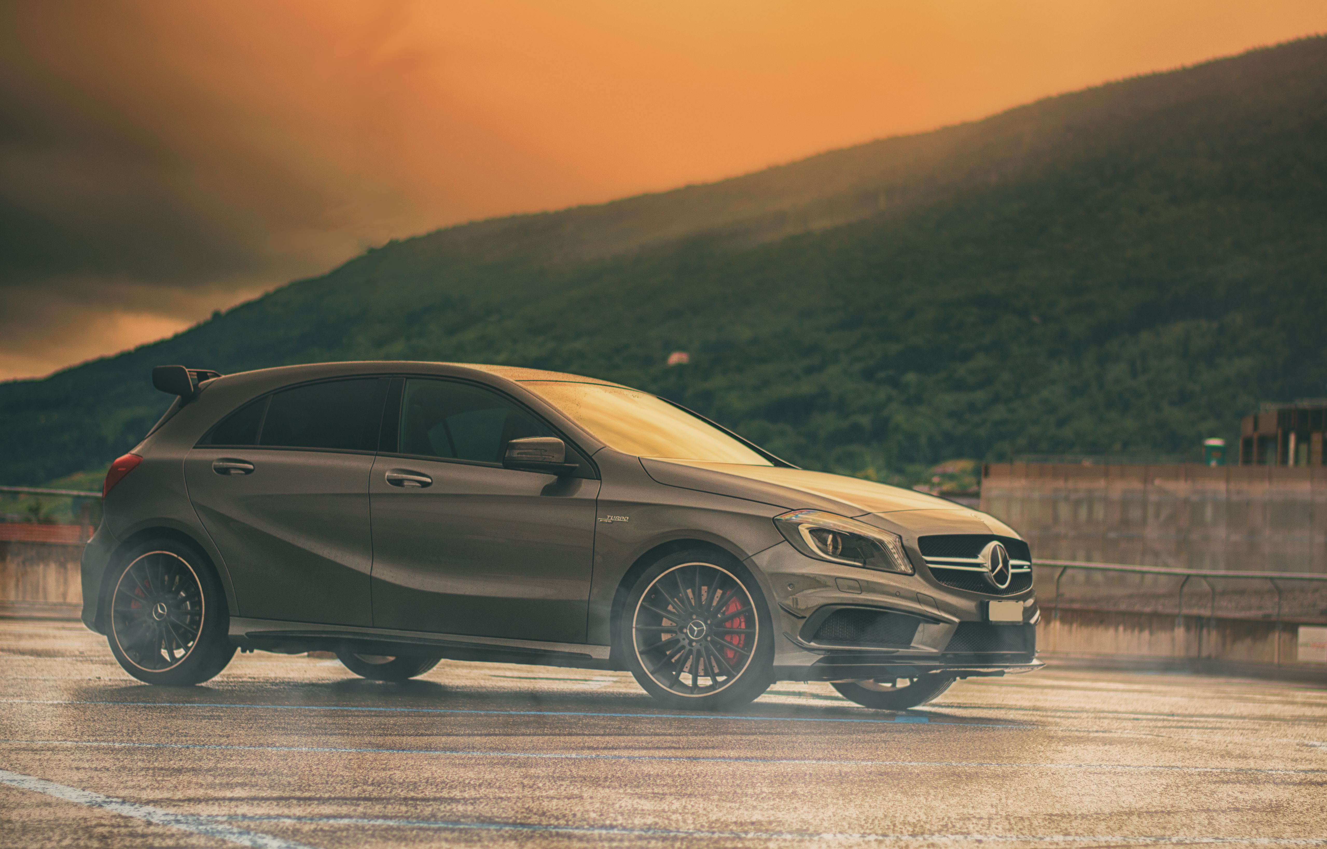2 mercedes benz amg a45 hd wallpapers hintergr nde wallpaper abyss. Black Bedroom Furniture Sets. Home Design Ideas
