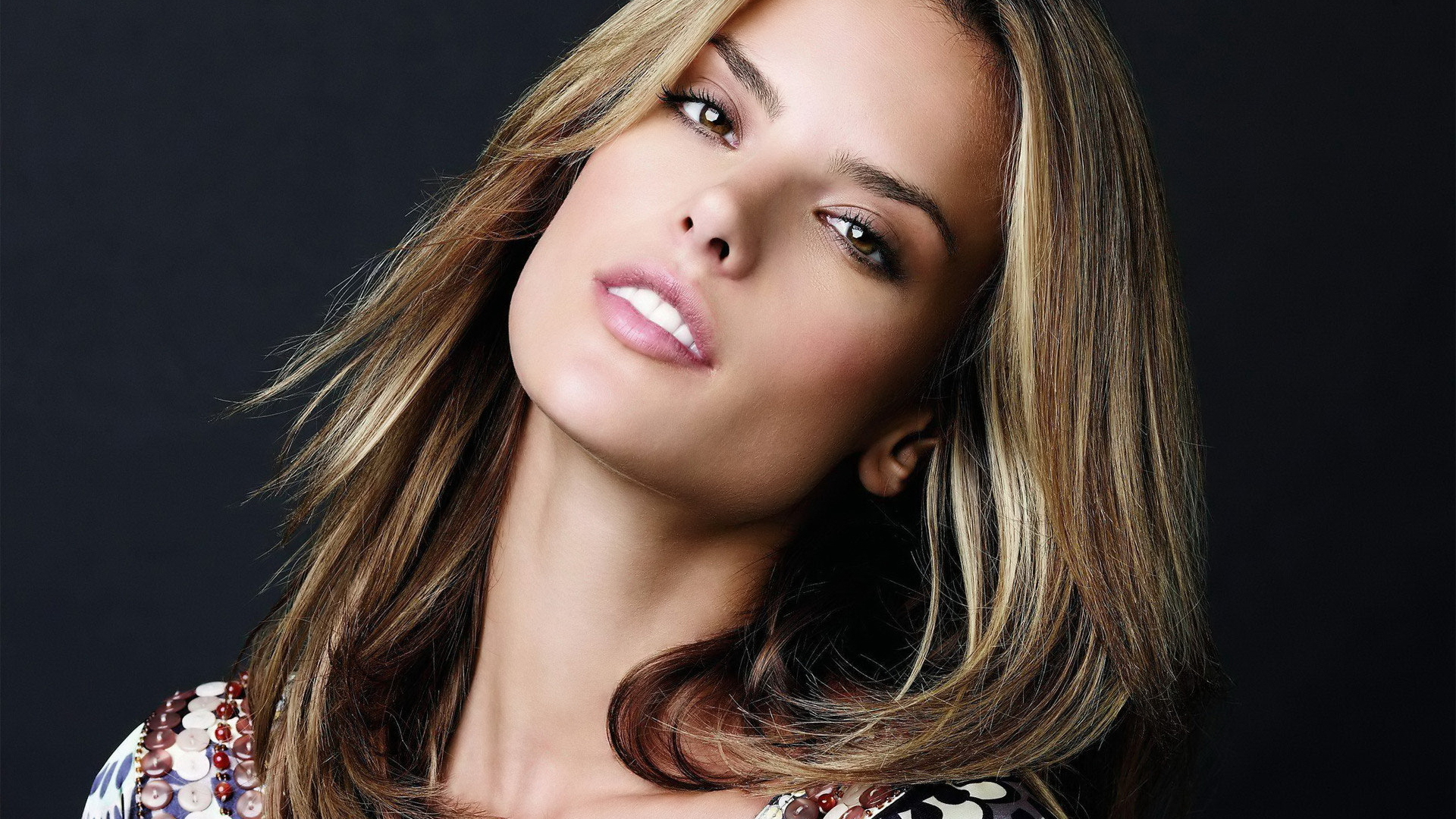 Alessandra Ambrosio Wallpapers ID640182