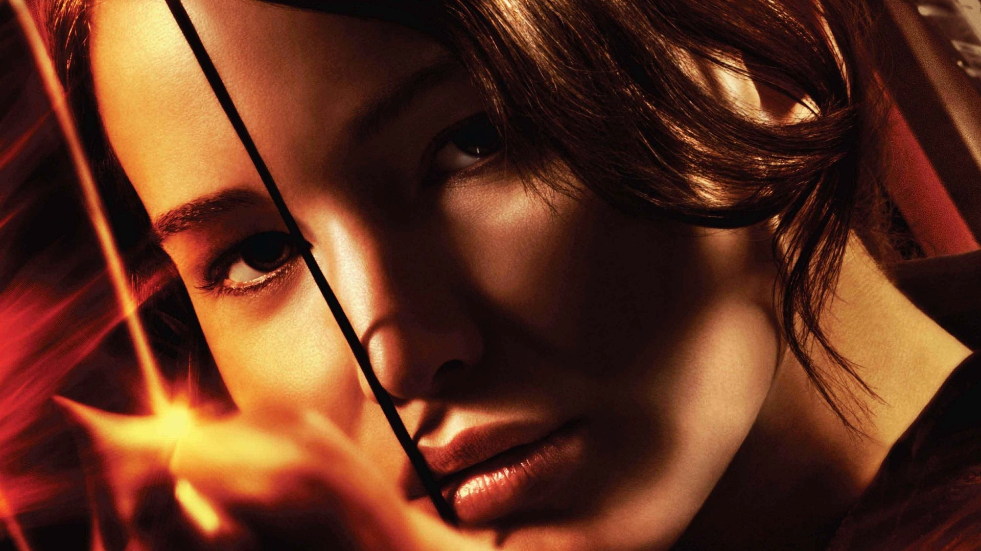 Movie - The Hunger Games  Jennifer Lawrence Katniss Everdeen Close-Up Wallpaper