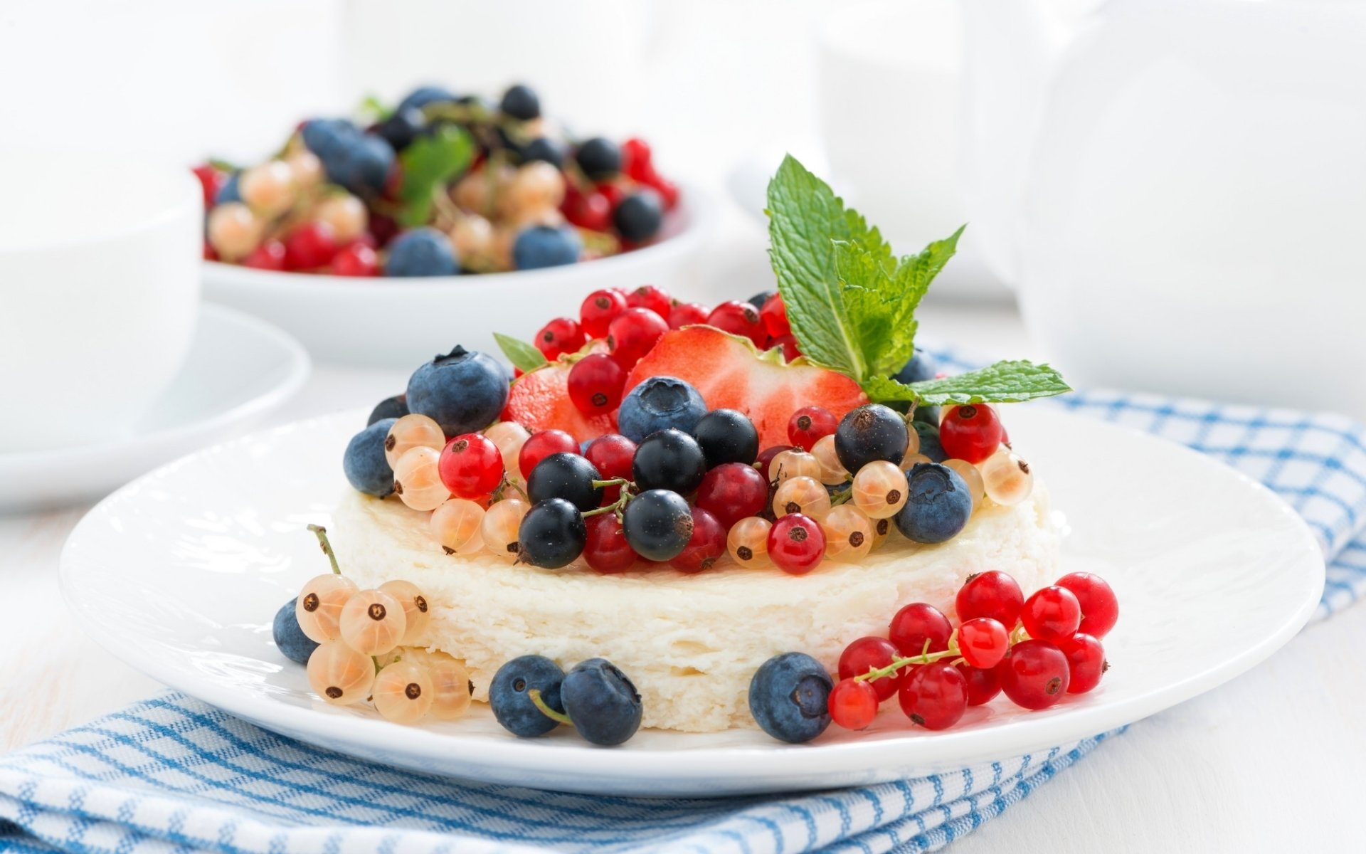 Food - Cheesecake  Currants Blueberry Berry Dessert Cake Wallpaper