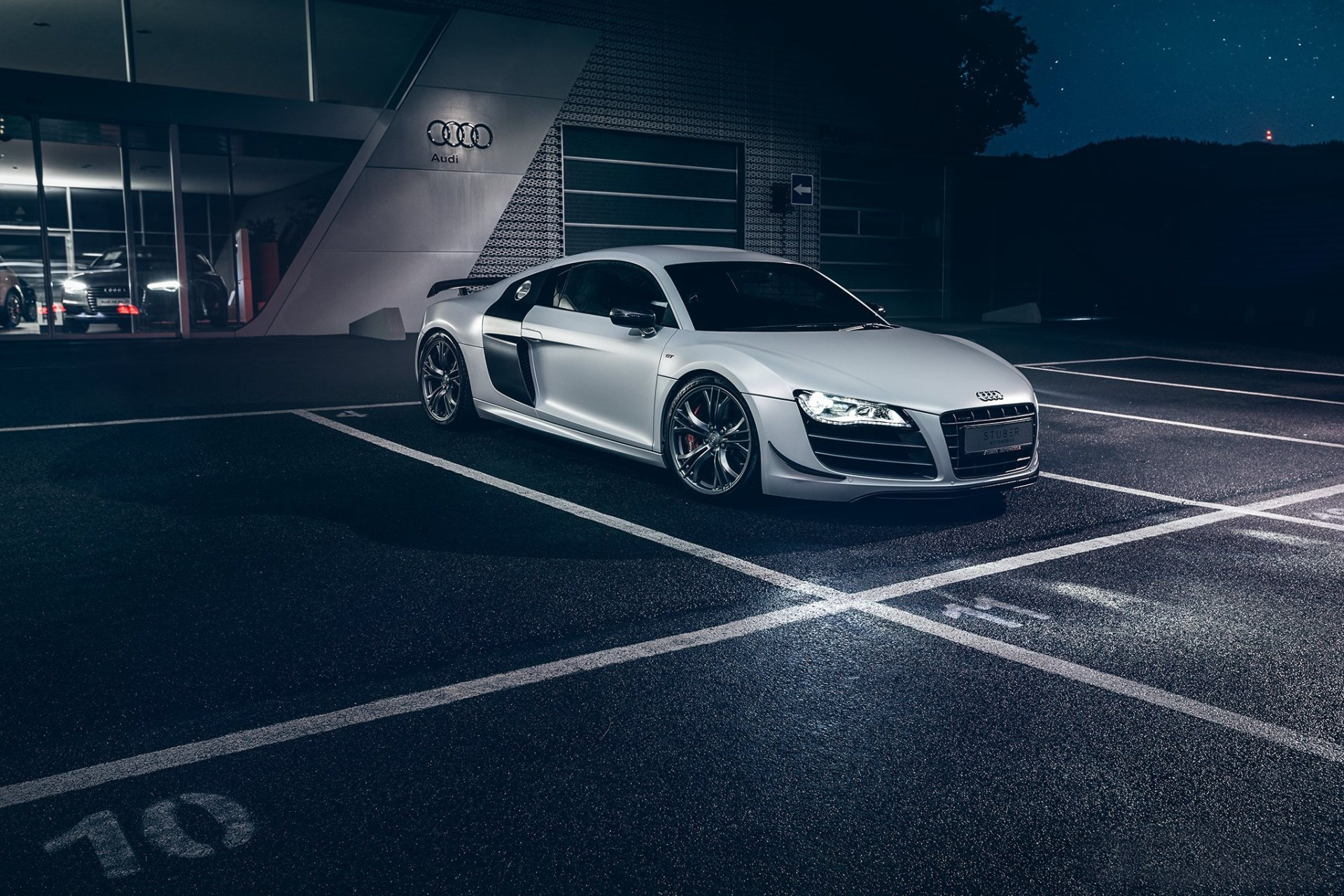 Vehicles - Audi R8  Audi Silver Car Supercar Car Vehicle Wallpaper