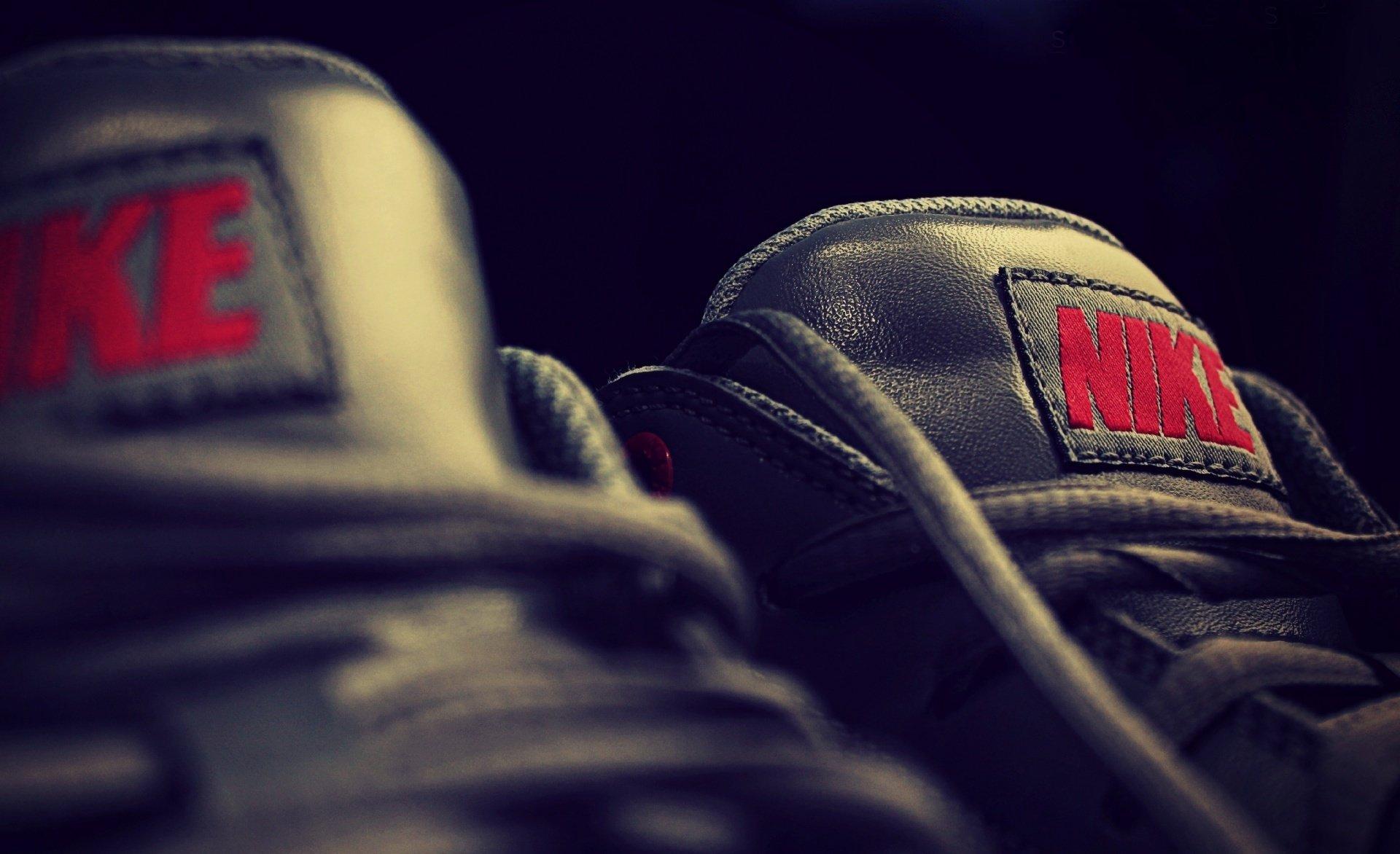 Nike Sneakers Hd обои фон 1920x1172 Id 671409