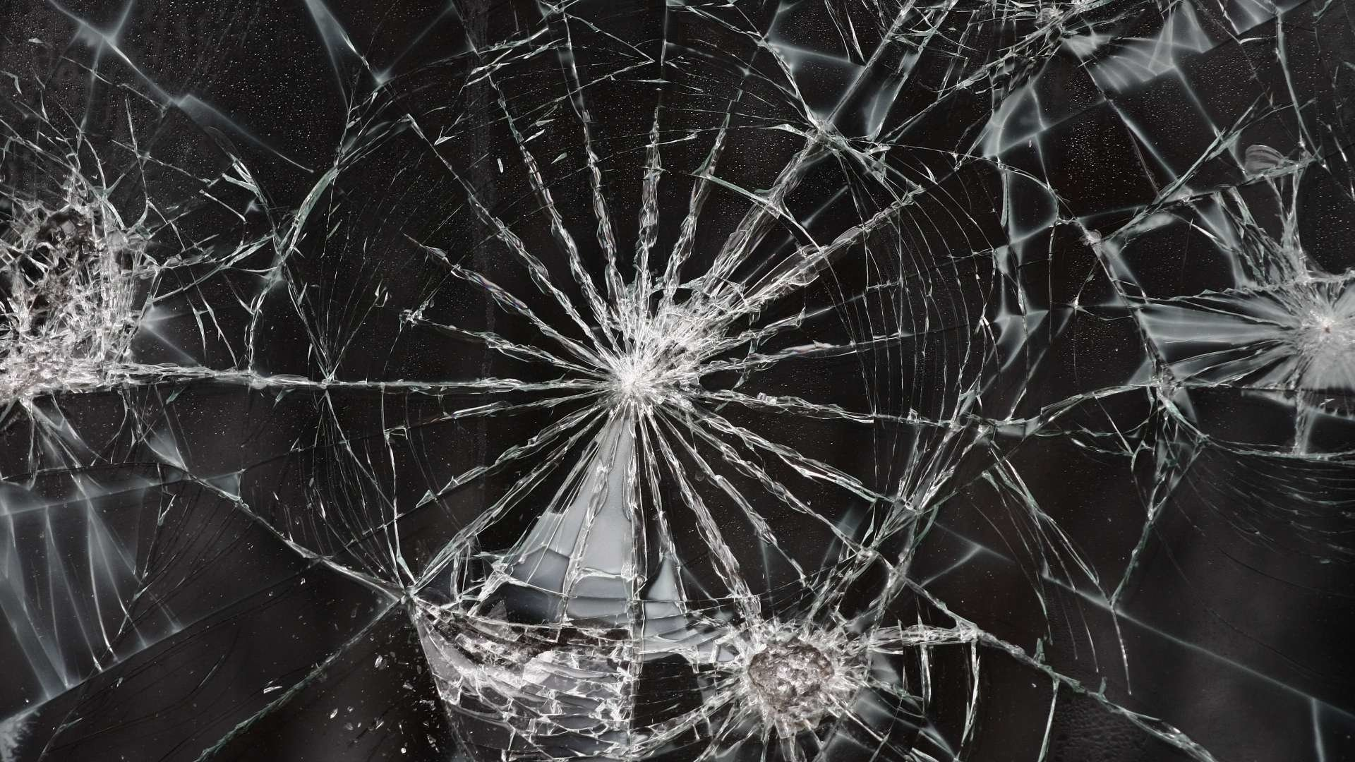 14 cracked screen hd wallpapers background images wallpaper abyss hd wallpaper background image id687707 1920x1080 technology cracked screen voltagebd Gallery