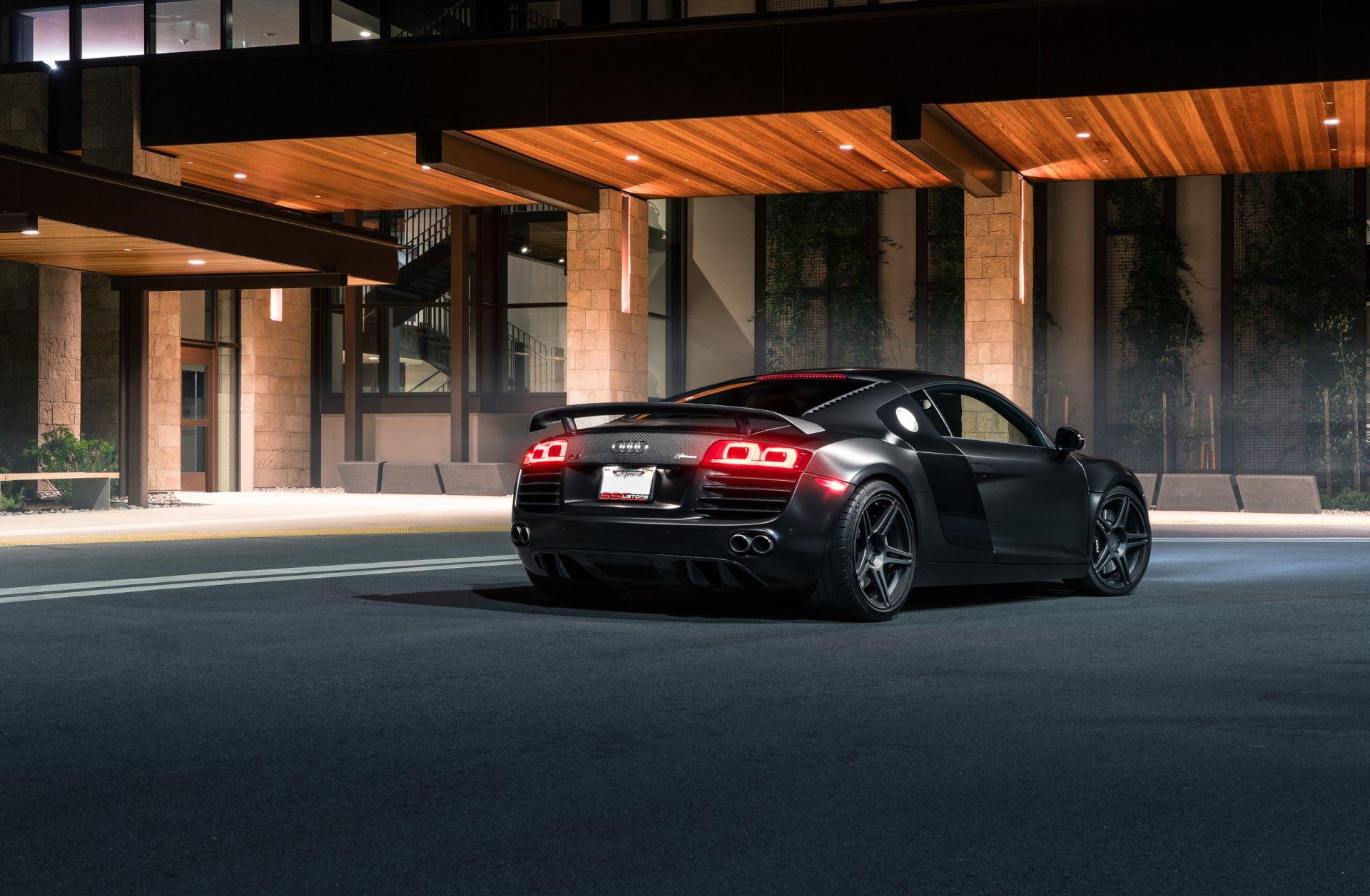 座驾 - 奥迪R8  奧迪 Supercar Sport Car Black Car 汽车 交通工具 壁纸