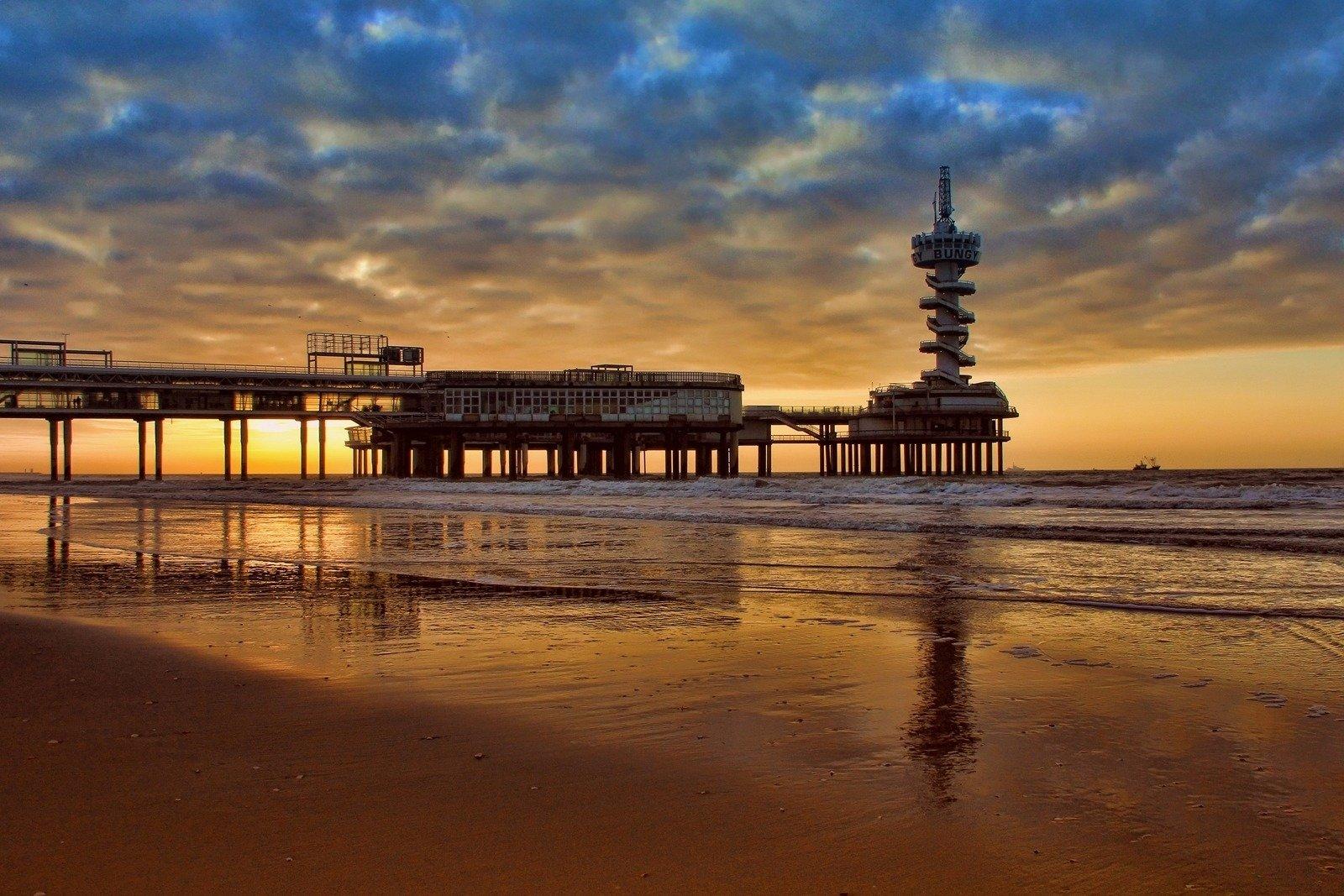 OCEANS Beach House - Startpagina | …