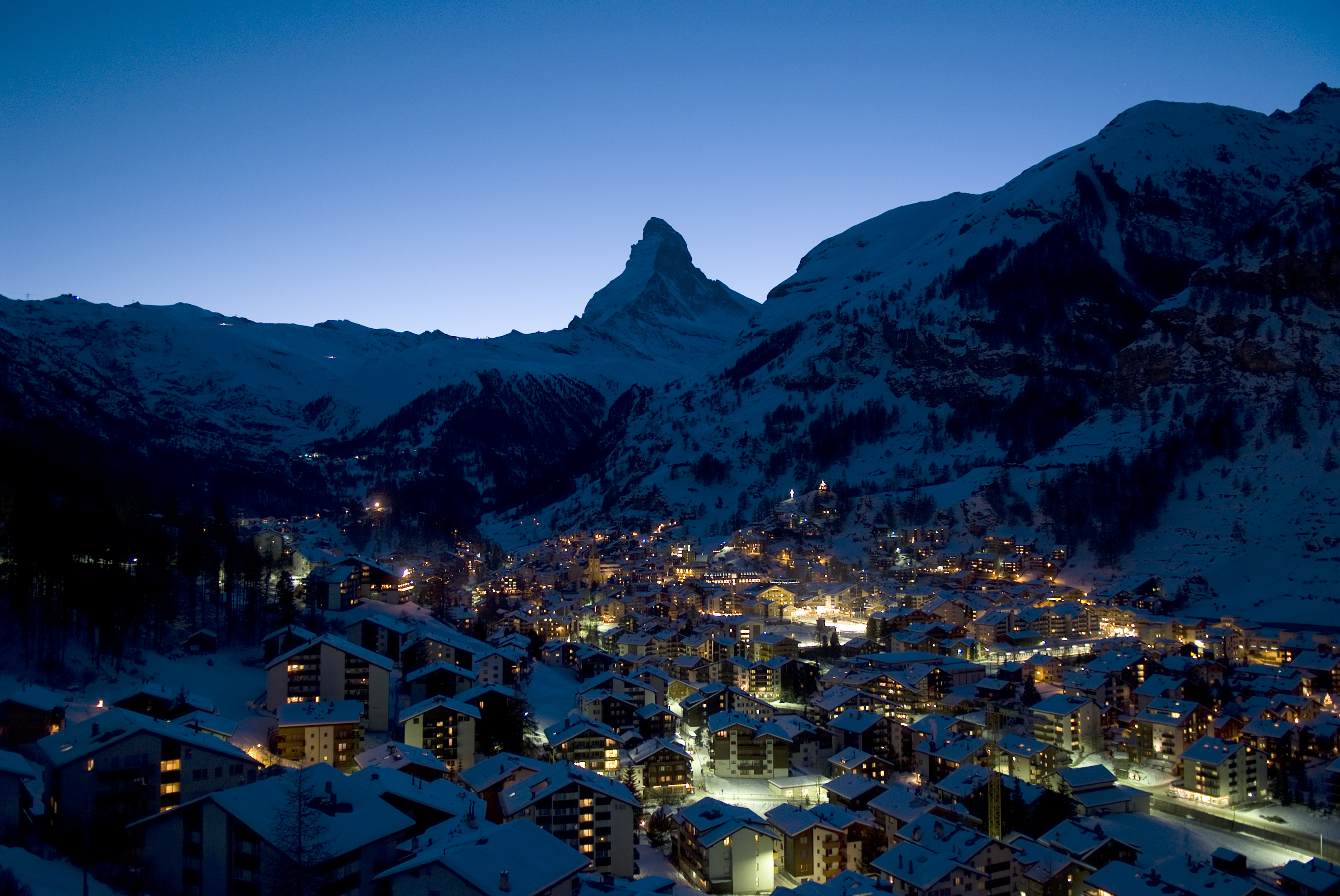 Zermatt Switzerland Village And Matterhorn Fondo De