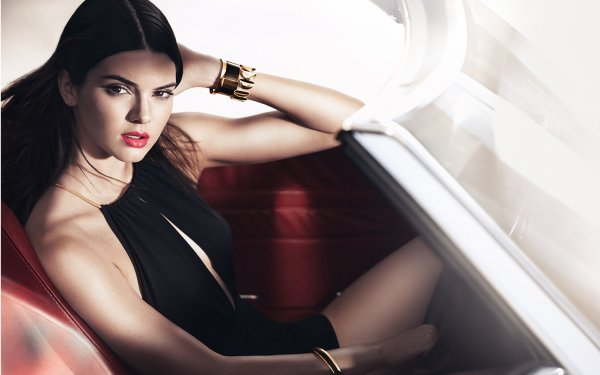 Celebrity Kendall Jenner Models United States Brunette Brown Eyes HD Wallpaper   Background Image