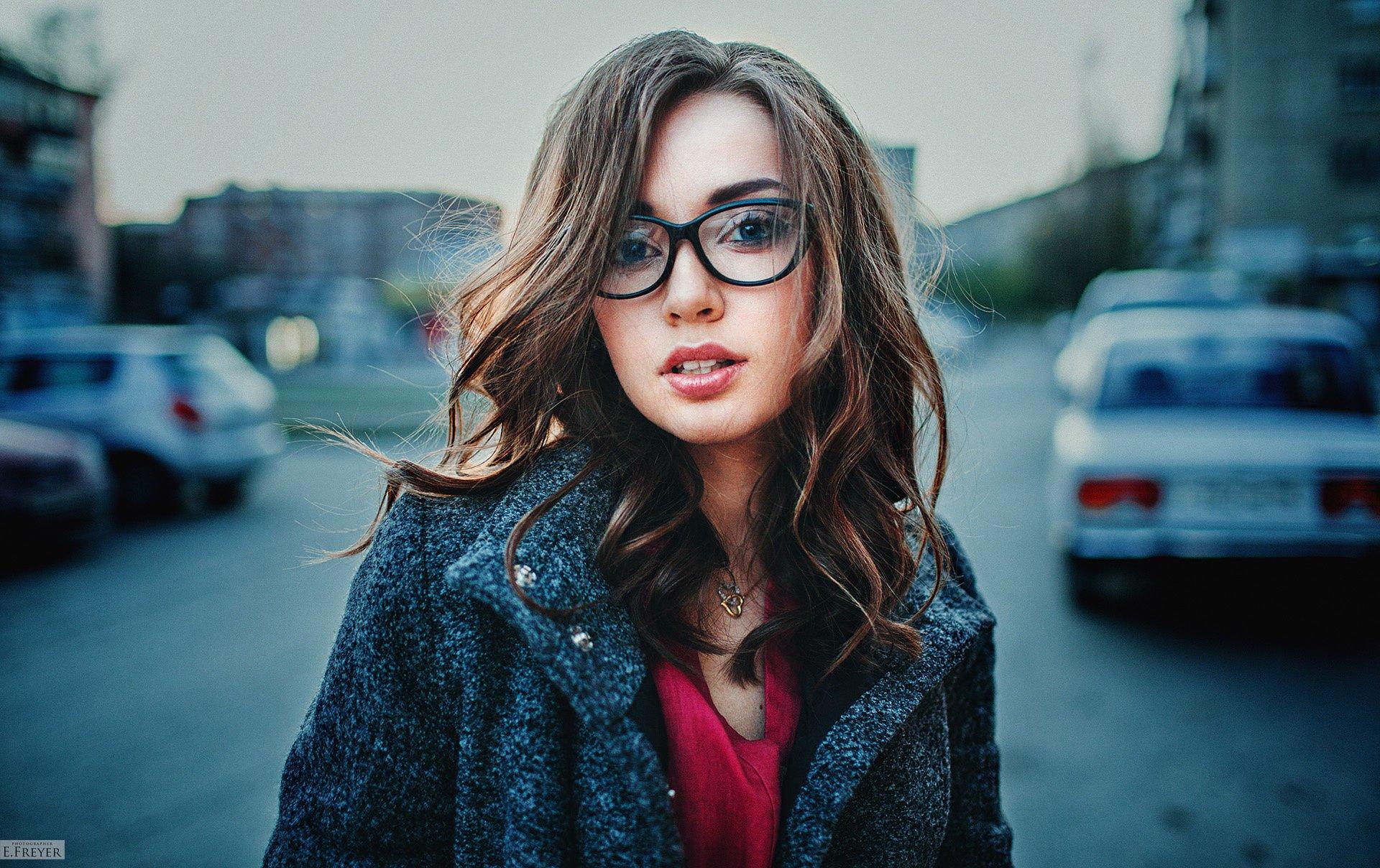 Женщины - Модель  Woman Девушка Brunette Glasses Обои