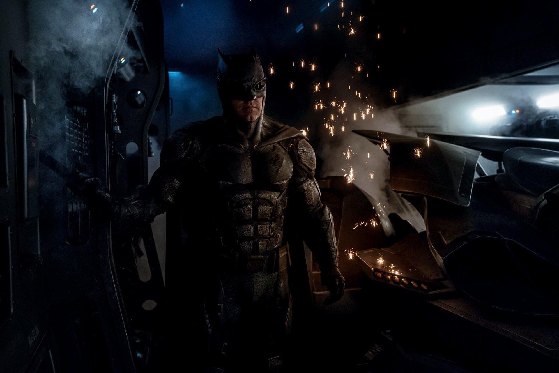 Movie - Justice League (2017)  Justice League Ben Affleck Batman DC Comics Bruce Wayne Wallpaper