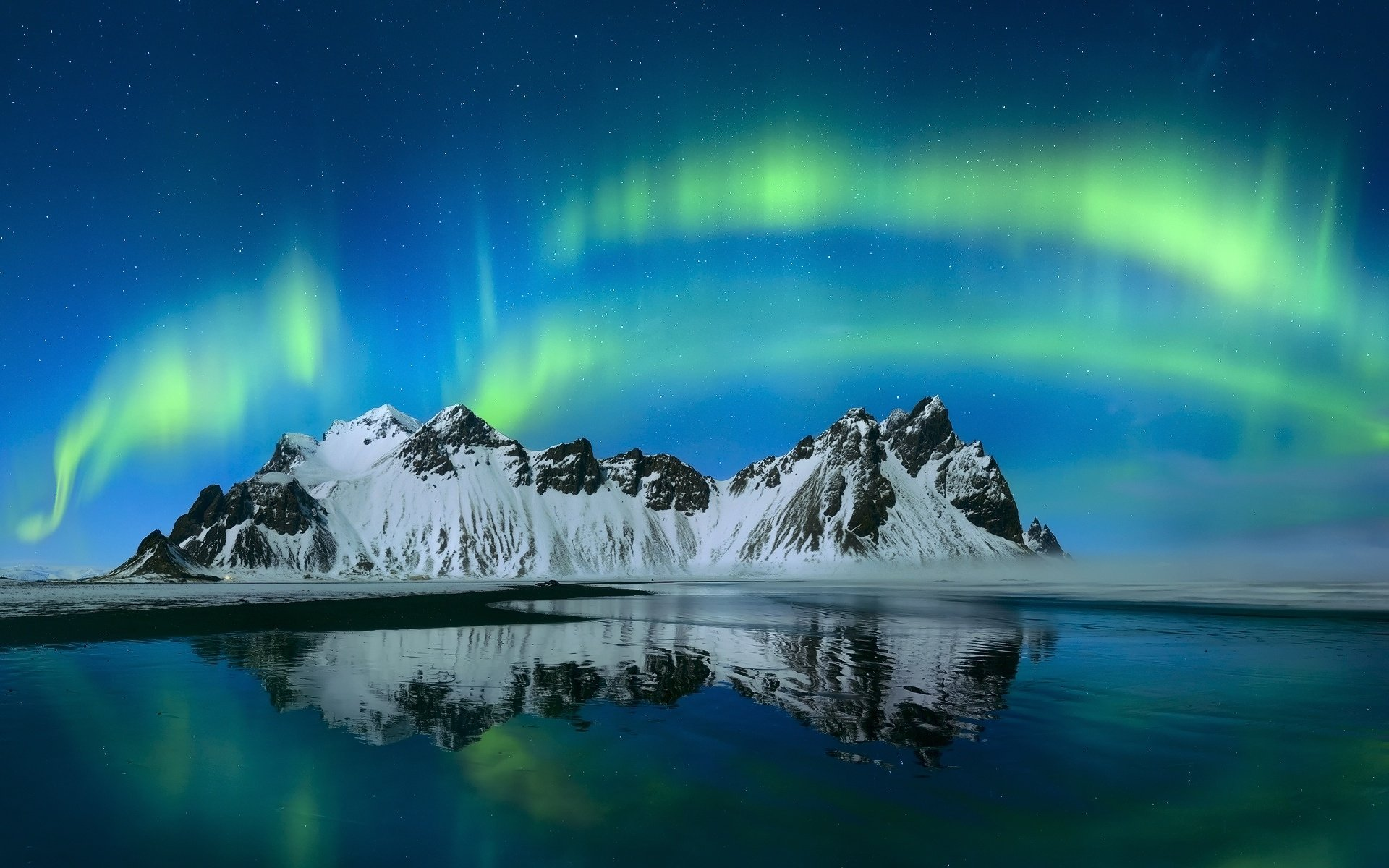 Earth - Aurora Borealis  Nature Mountain Reflection Sky Light Starry Sky Wallpaper