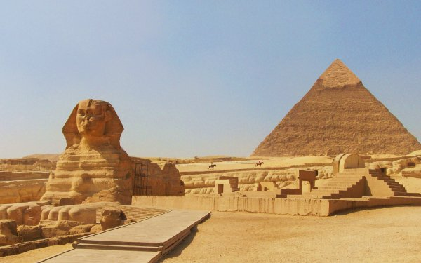 Man Made Pyramid Of Khafre Pyramid Sphinx HD Wallpaper | Background Image