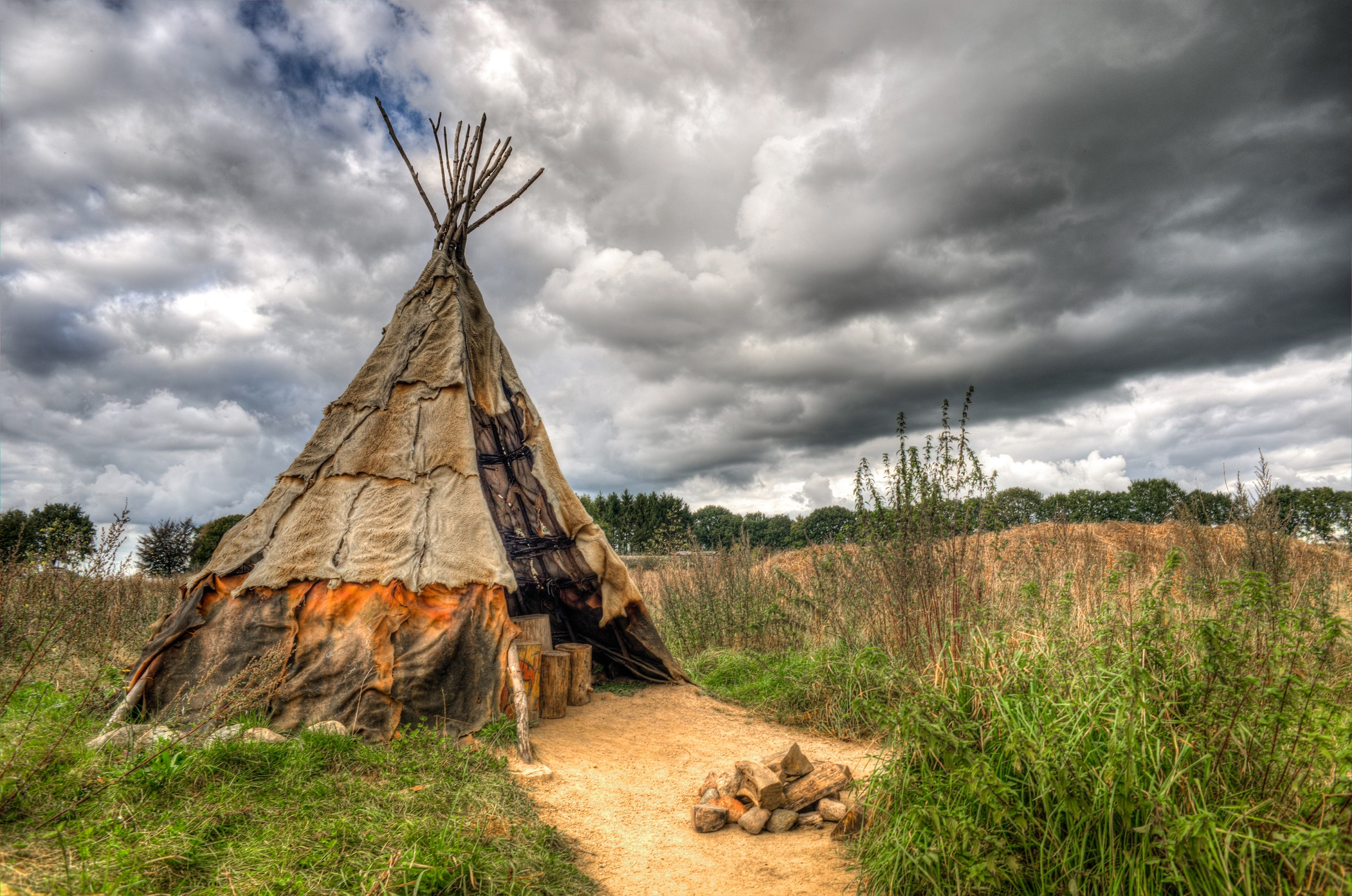 Man Made - Tipi Native American Cloud Tent HDR Wallpaper & Native American Tipi or teepee covered with animal skins Full HD ...