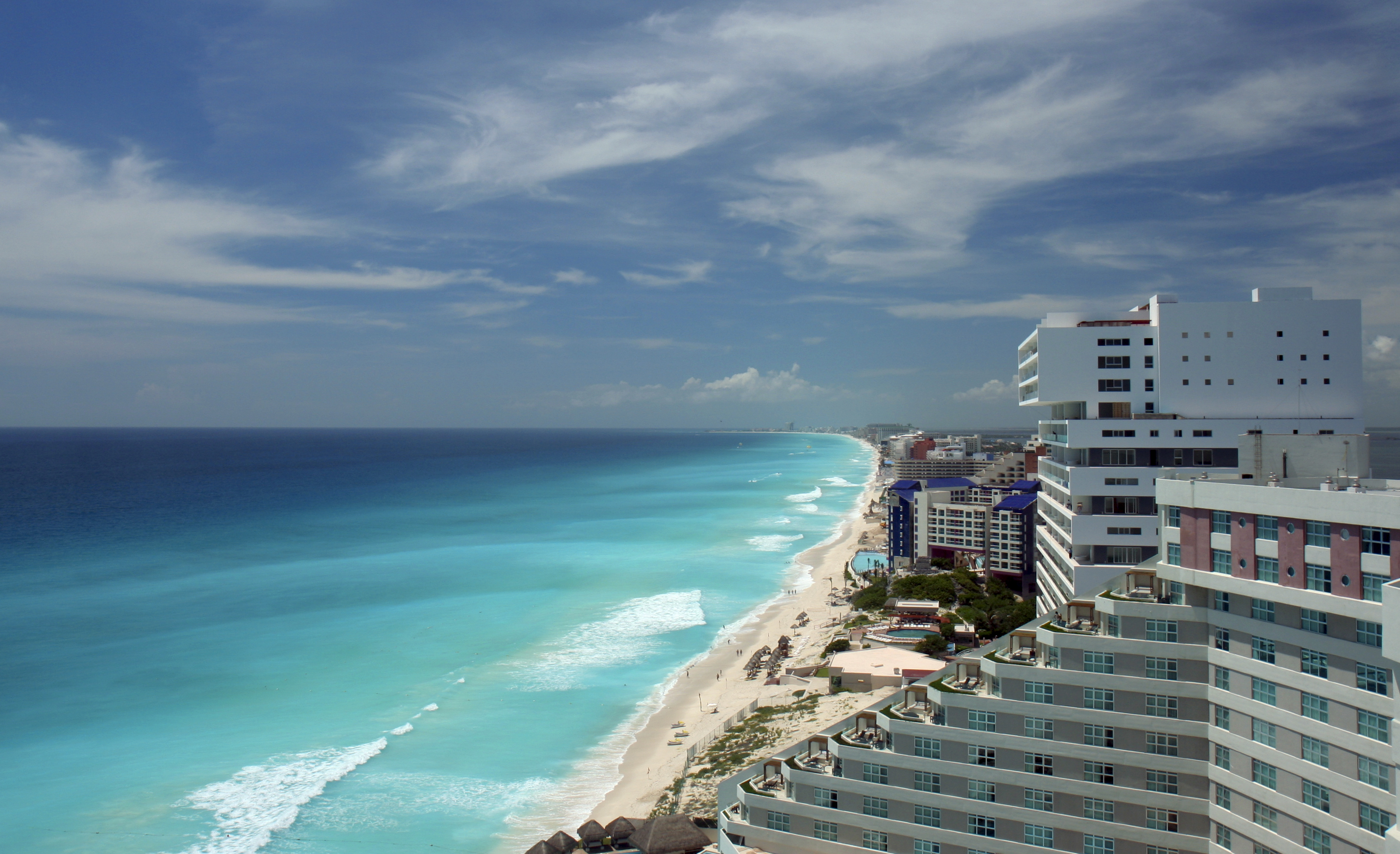 Hotels On The Beach In Cancun Hd Wallpaper Background Image 3279x2001 Id 793140 Wallpaper Abyss