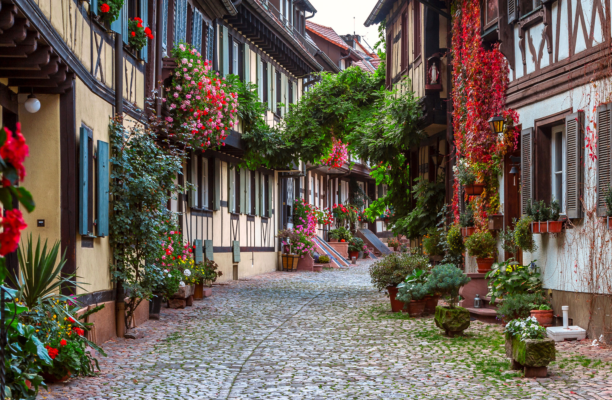 little street in germany full hd ��� and �� 2048x1338