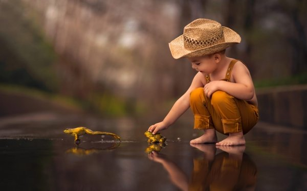 Photography Child Little Boy Reflection Frog Hat Depth Of Field Amphibian HD Wallpaper | Background Image