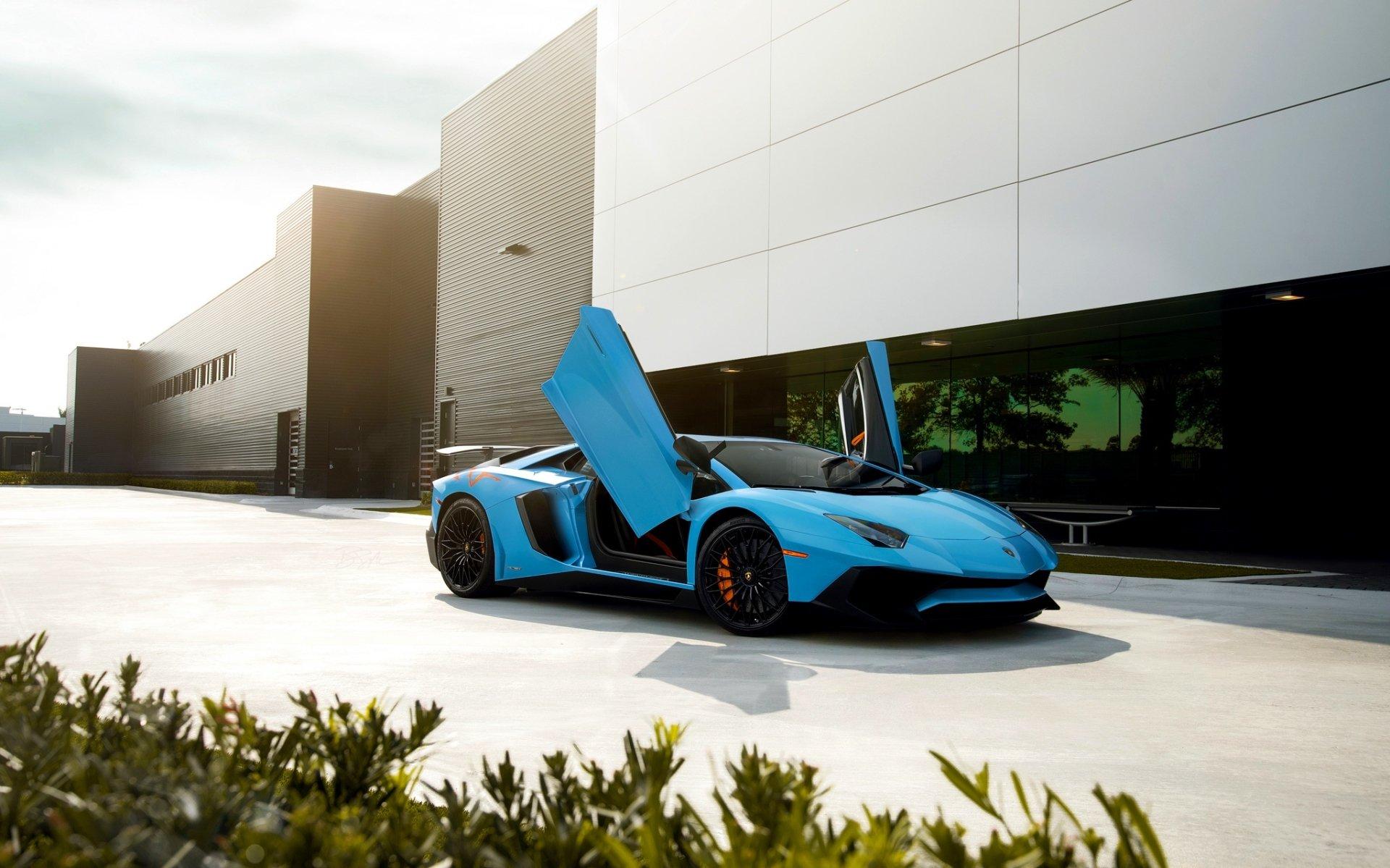 座驾 - 兰博基尼Aventador  Supercar 兰博基尼 汽车 交通工具 Blue Car Sport Car 壁纸