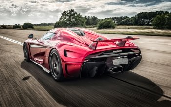 12 4k Ultra Hd Koenigsegg Wallpapers Background Images Wallpaper