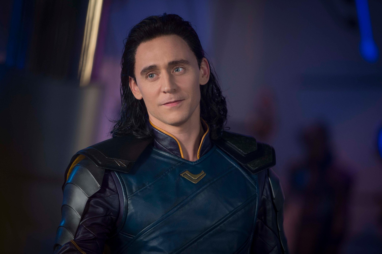 Thor: Ragnarok HD Wallpaper