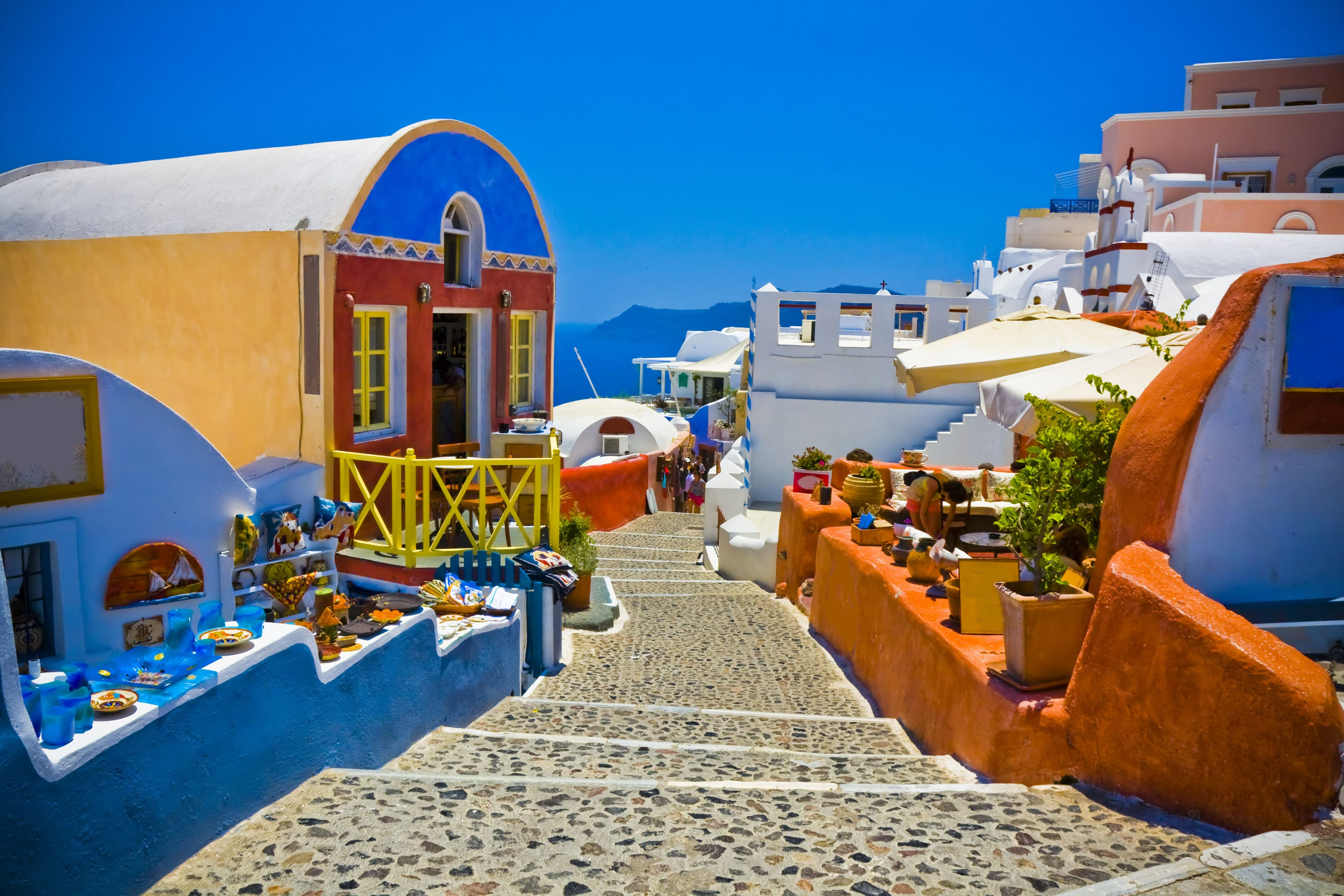 Bright And Colorful Houses In Santorini 4k Ultra HD Wallpaper