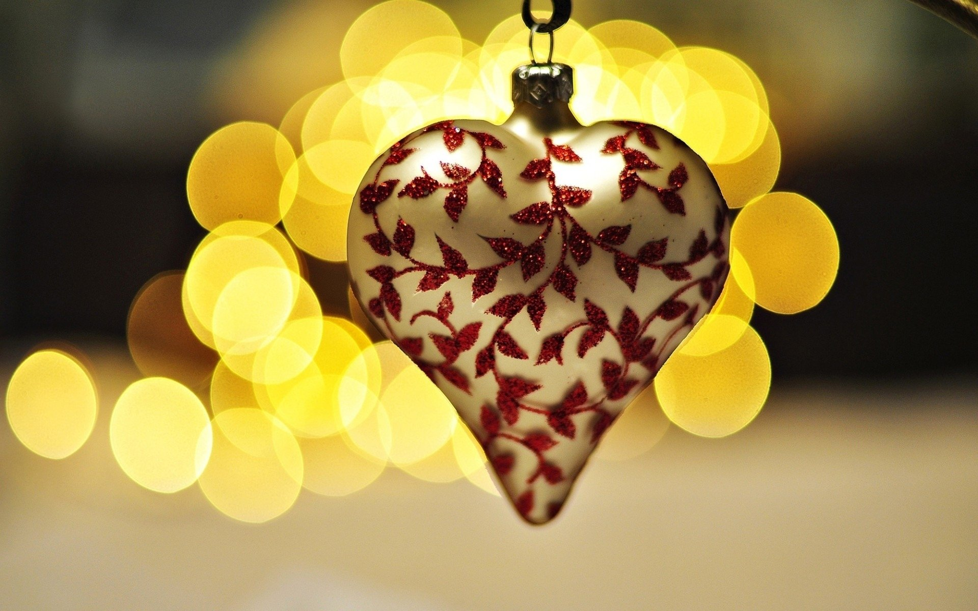 Holiday - Christmas  Decoration Heart-Shaped Bokeh Wallpaper