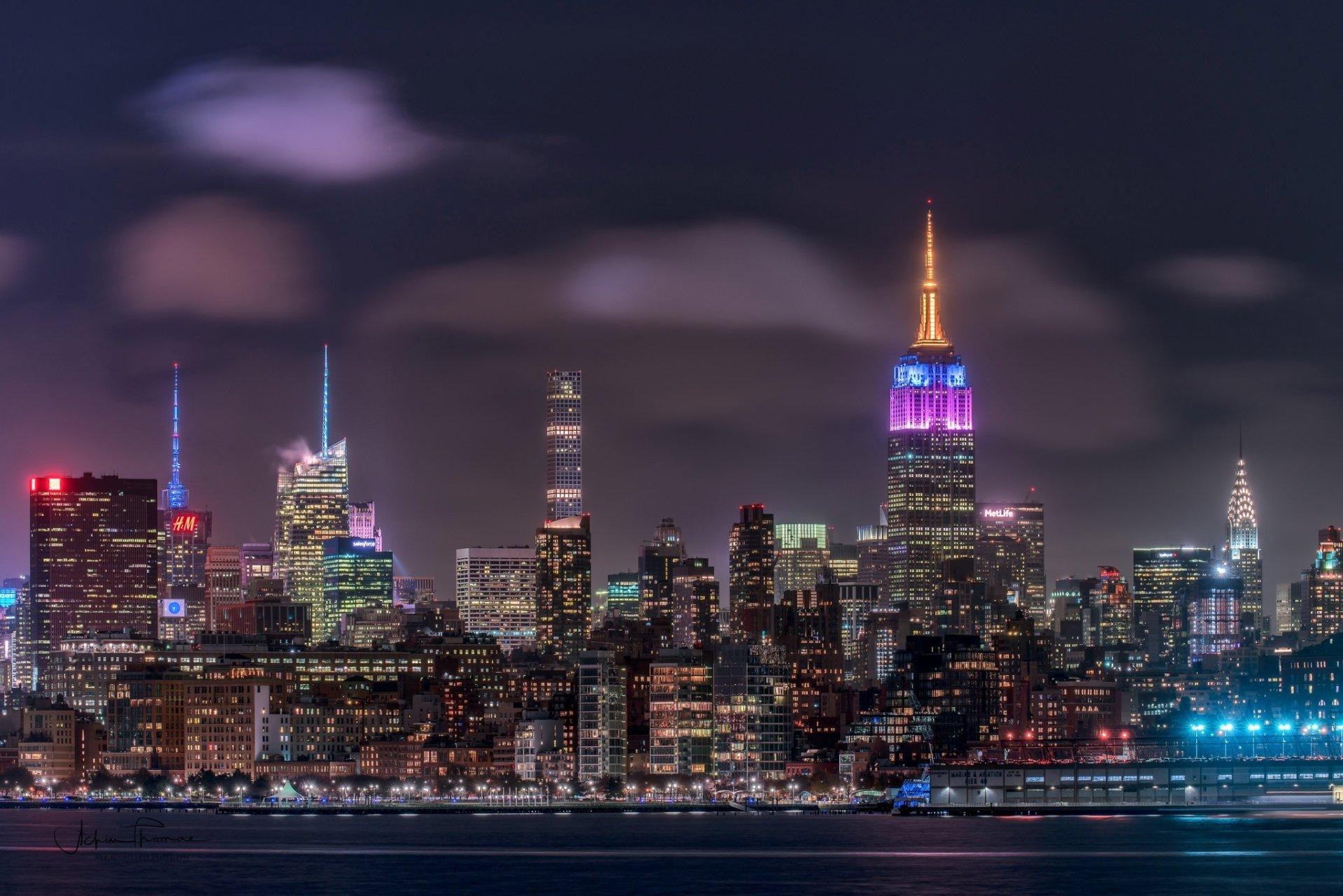 Man Made - New York  Night Stad USA Byggnad Skyscraper Bakgrund
