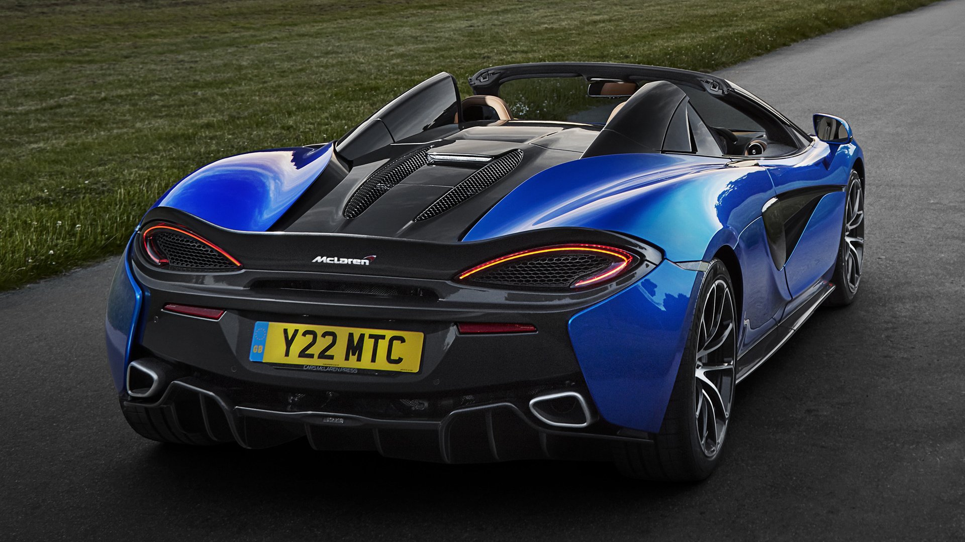 Vehicles - McLaren 570S Spider  Sport Car Supercar Blue Car Car Wallpaper