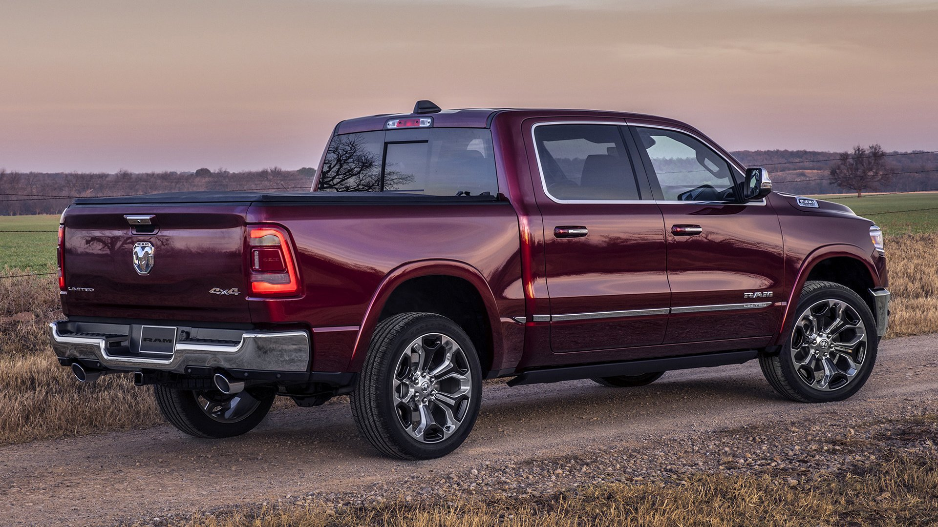 2019 Ram 1500 Limited Crew Cab Hd Wallpaper Background Image