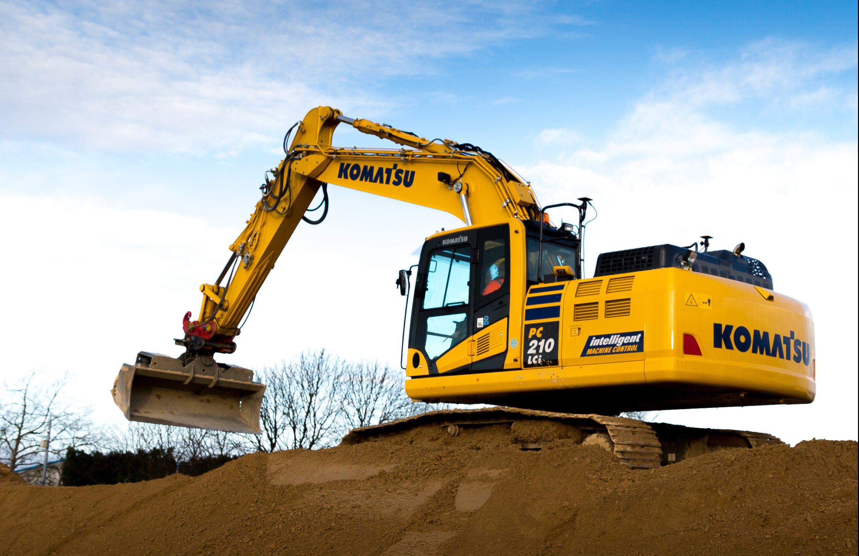 Komatsu PC210LCi Excavator